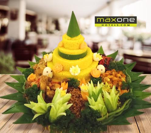Paket Nasi Tumpeng 30 Pax dari MaxOne Hotel Glodok