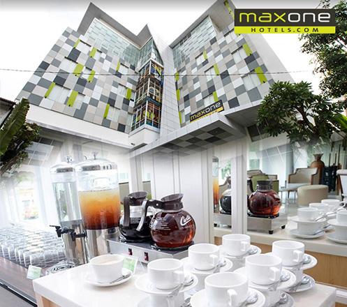 Paket Makan dari MaxOne Hotel Glodok