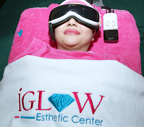 iGLOW Esthetic Center (Facial Anti Acne)