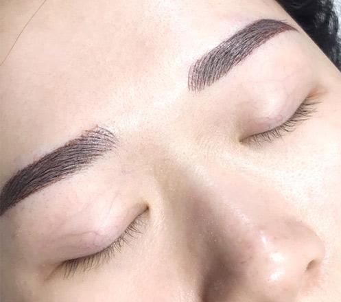 Treatment Kecantikan dari Pin-Up Brow