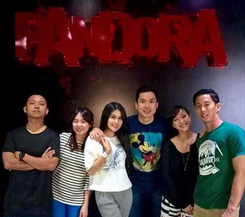 Pandora Experience Puri Indah 02