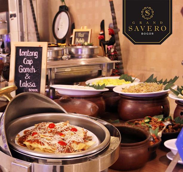 Happy Hour Breakfast at Lotus Restaurant-Grand